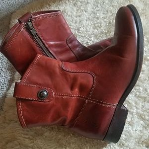 Frye Melissa Short Boots